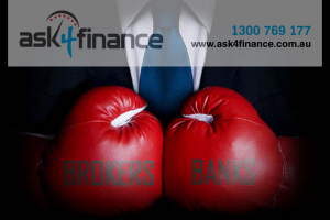 Brokers vs Banks Banner png